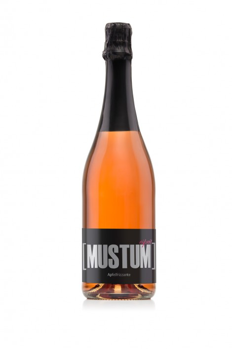 Produktfotografie - Mustum Apfelfrizzante