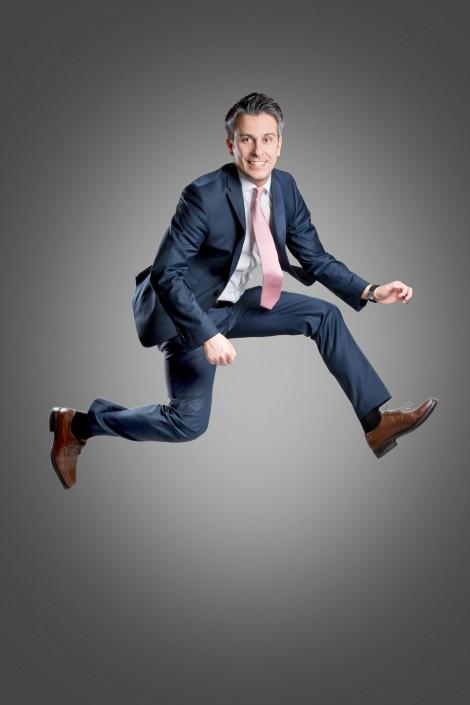 Kurt Hohensinner springt