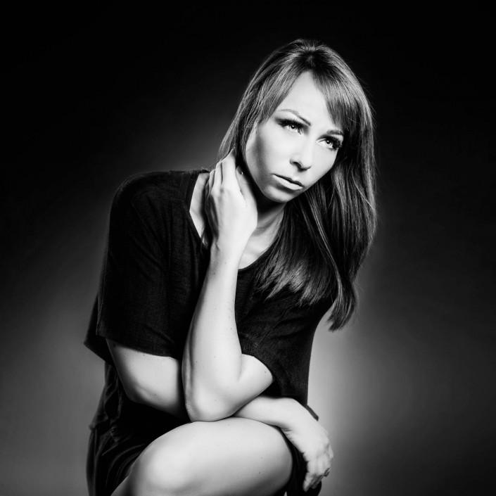 Sabrina Sammer-Koschak Schwarzweiss Portrait