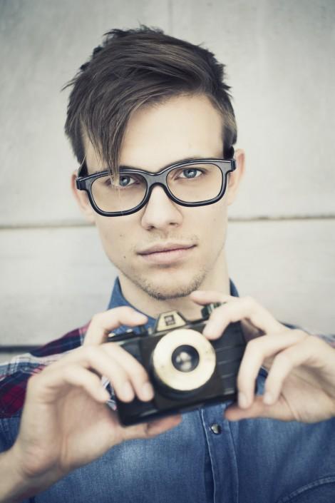 Florian Werkgartner - Hipster Style mit Retro Kamera